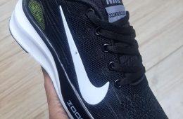 Nike хар пүүз